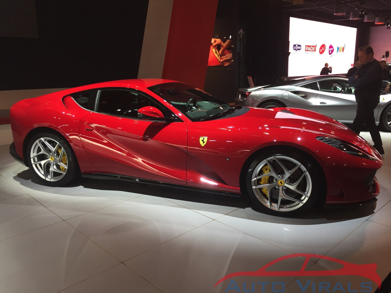 autosalon brussel ferrari 812 superfast